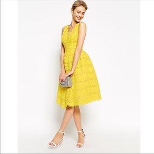 Chi Chi London Yellow Lace Dress Sz 10